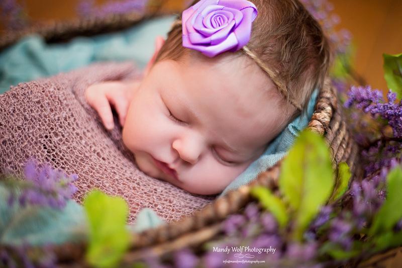 #chattanooganewborns #chattanoogababy #chattanoogababyphotographer #chattanoogaphotographer #newbornphotographer